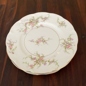Theodore Haviland Rosalinde 2 luncheon plate